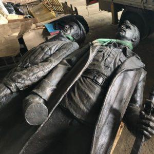 памятник воинам Полярной дивизии